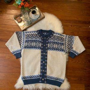 Nordstrikk Norwegian Scandinavian wool sweater L